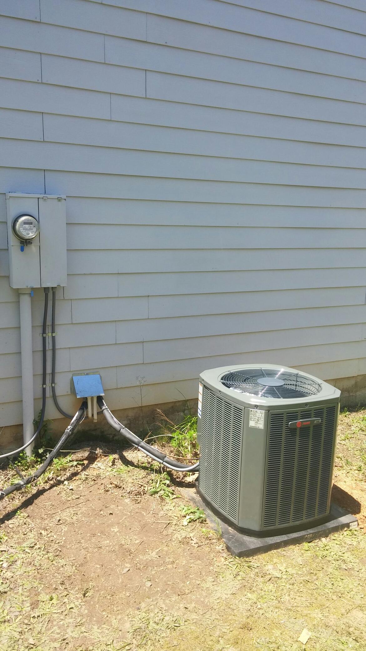 Conyers, GA - Trane 3ton coil and condenser
