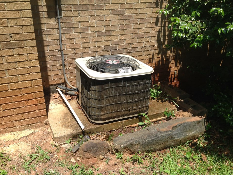 Riverdale, GA - Air Conditioning Tune-Up on a Ducane!