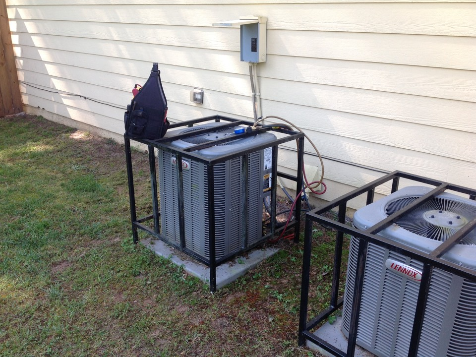 Conyers, GA - Air Conditioning Repair on a Lennox!