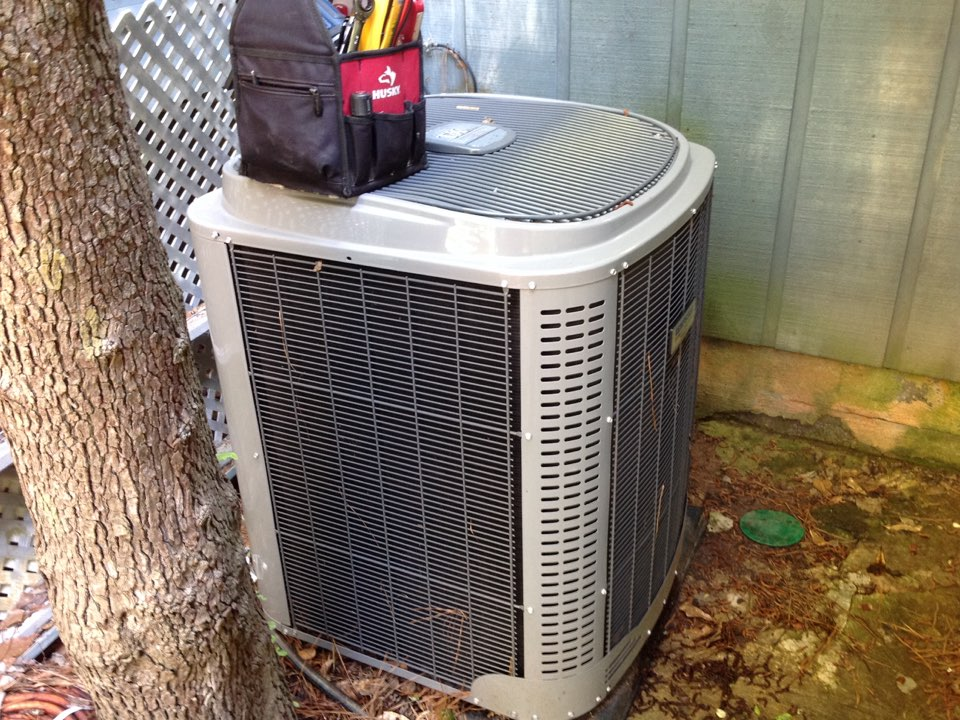 Riverdale, GA - Air Conditioning Tune Up on a Tempstar!