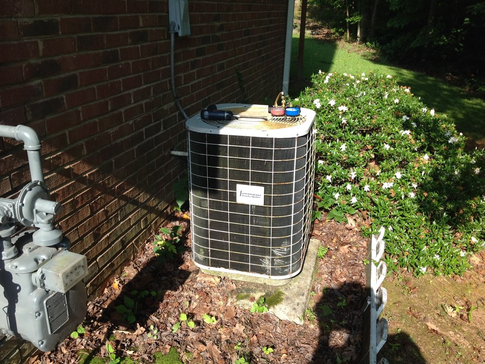 Riverdale, GA - Air Conditioning Repair on a Intertherm!