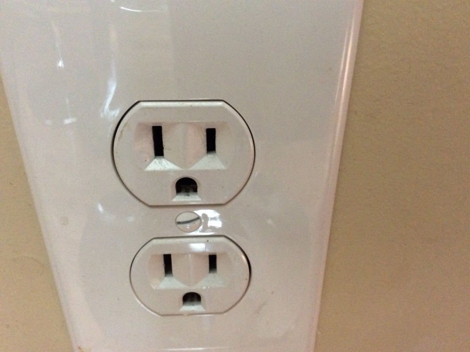 Conyers, GA - Electrical repair checking outlets