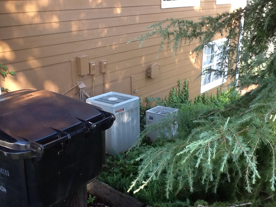 Ball Ground, GA - Air Conditioning repair older Trane unit with bad condenser fan motor