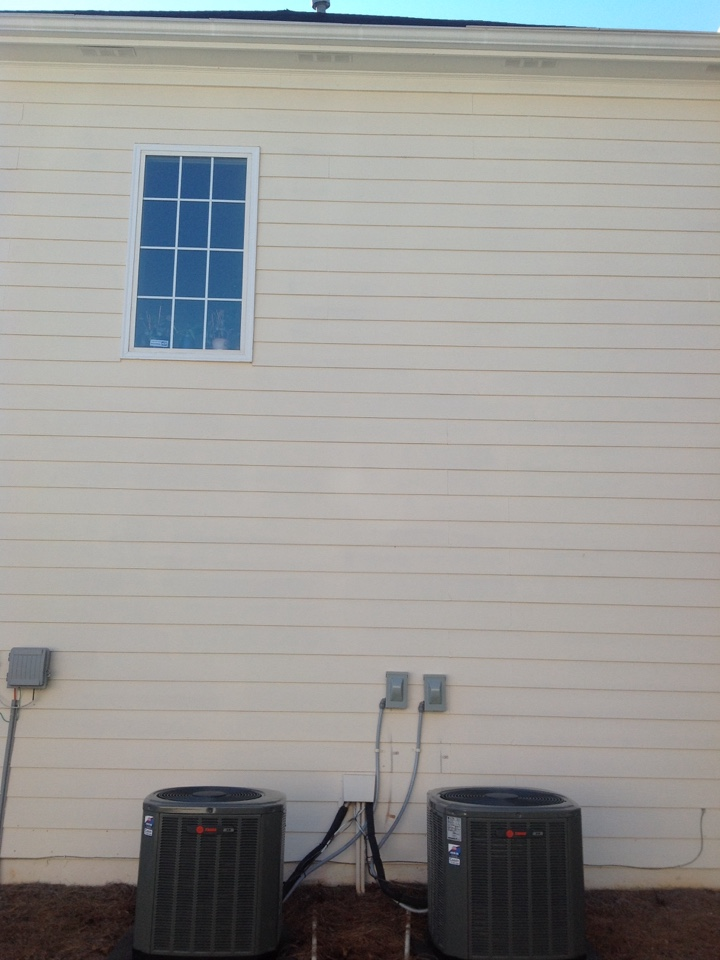 McDonough, GA - Heating repair... Found shorted low voltage wire from condenser to furnace