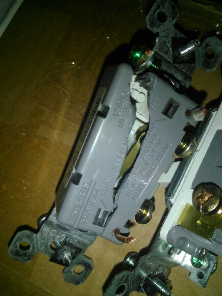 McDonough, GA - Electrician electrical repair replace broken switches