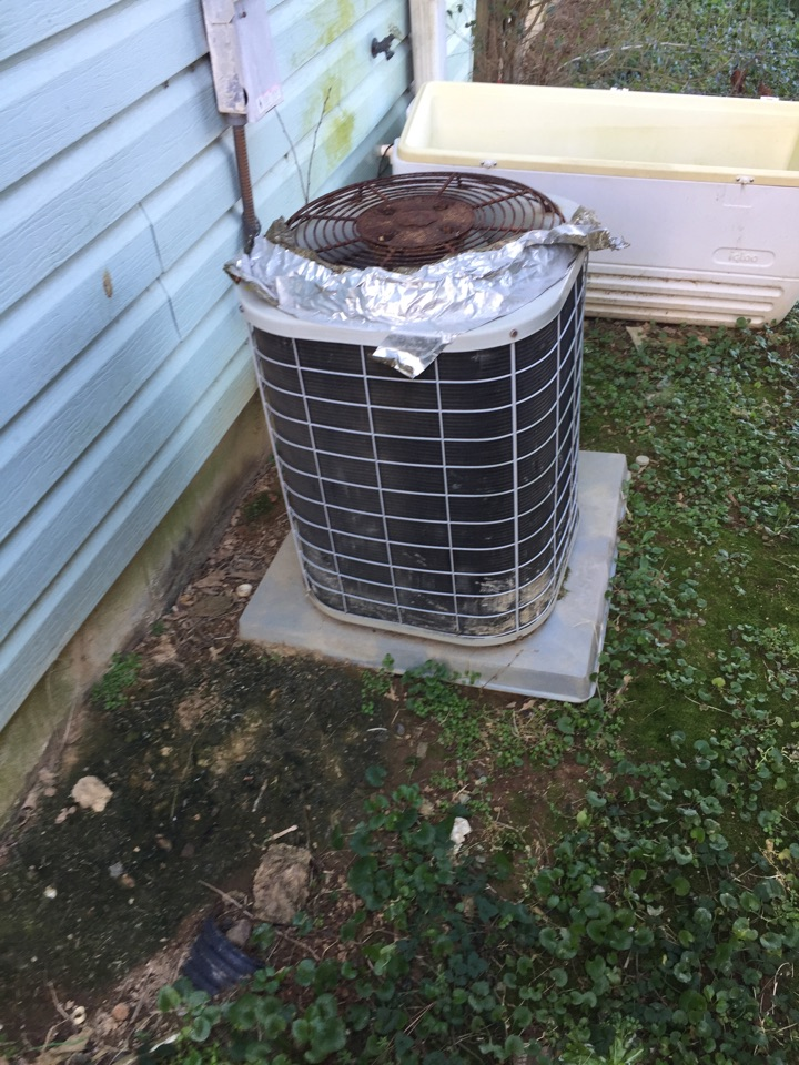 Calhoun, GA - In Calhoun Georgia today quoting ductless mini split systems