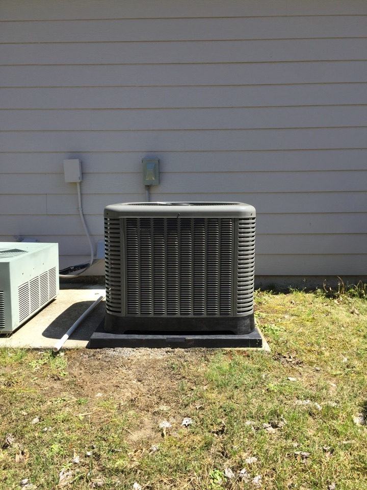 Hiram, GA - Install Rheem air conditioner and evap coil