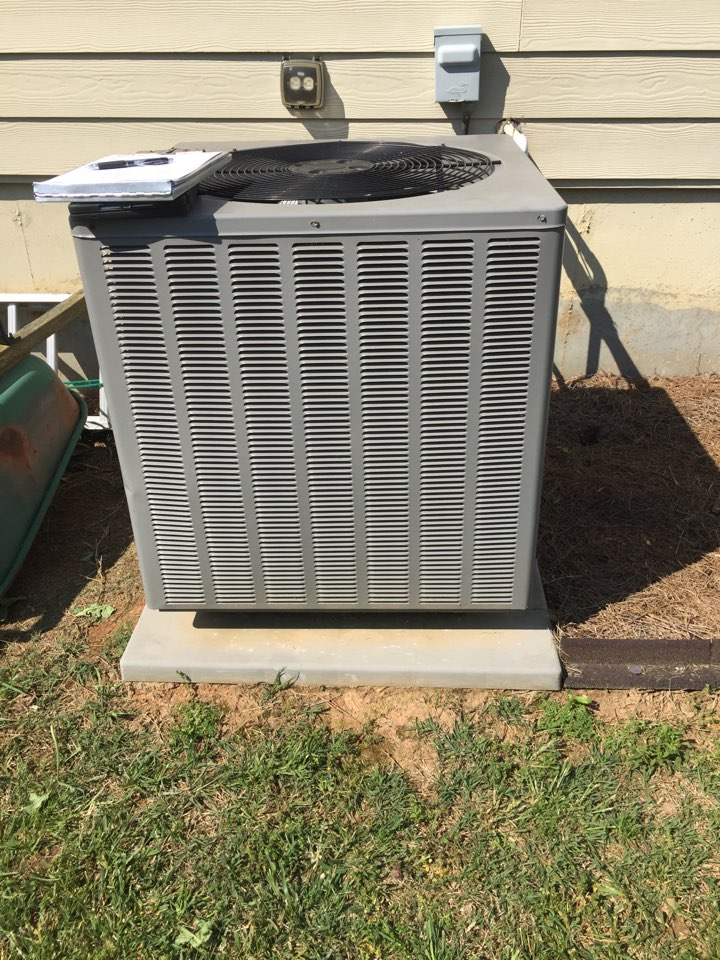 Hiram, GA - In Hiram today quoting a new heat pump system