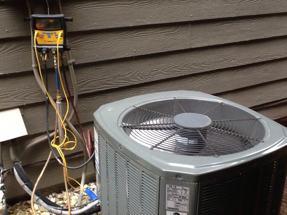 Milton, GA - Air conditioning tune up on a Trane system