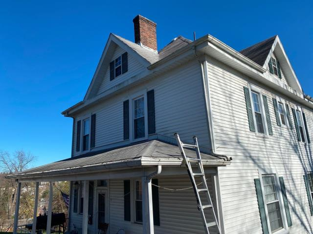 Westover, WV - New Roof replacement estimate. Older home roof quote. GAF Master Elite Roofing Contractor Morgantown Wv