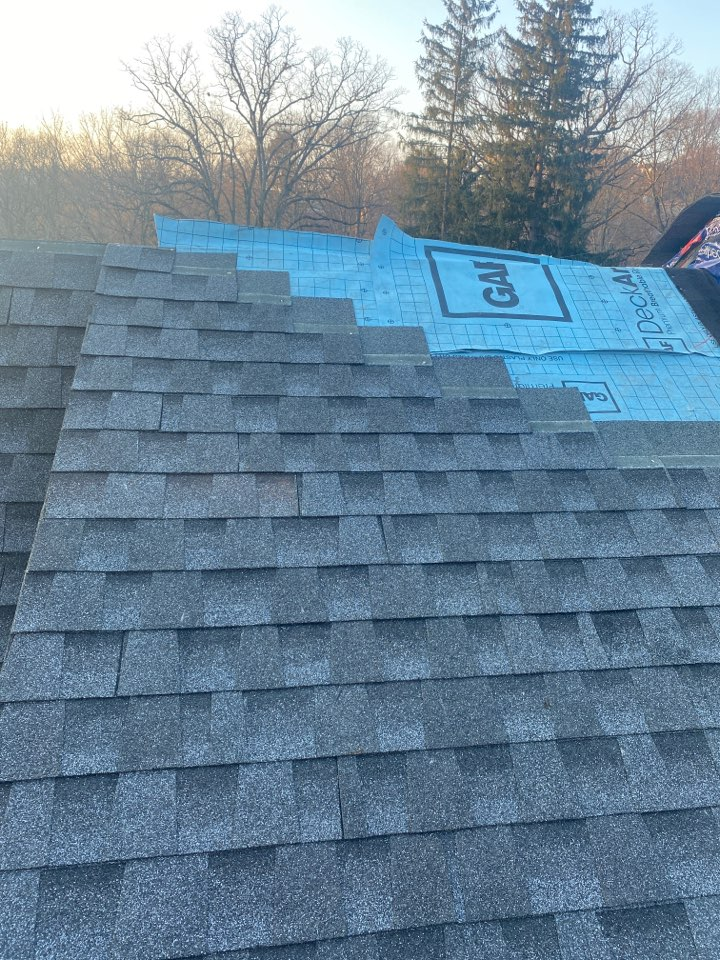 Pittsburgh, PA - The best GAF Master Elite Contractor near me installing a Timberline HDZ shingled roof in pewter grey. Bringing new life to an old home