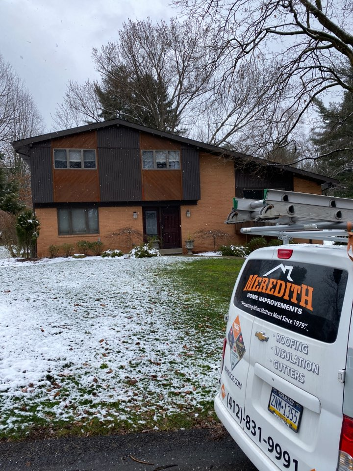 Pittsburgh, PA - Inspecting a home for roof replacement as a GAF Master Elite contractor.