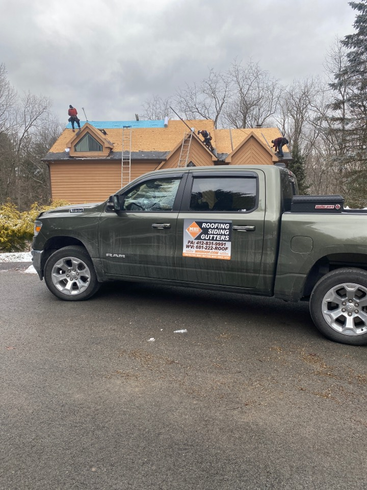 Pittsburgh, PA - The Best GAF Master Elite Contractor near me installing a Timberline HDZ shingled roof in Charcoal color.