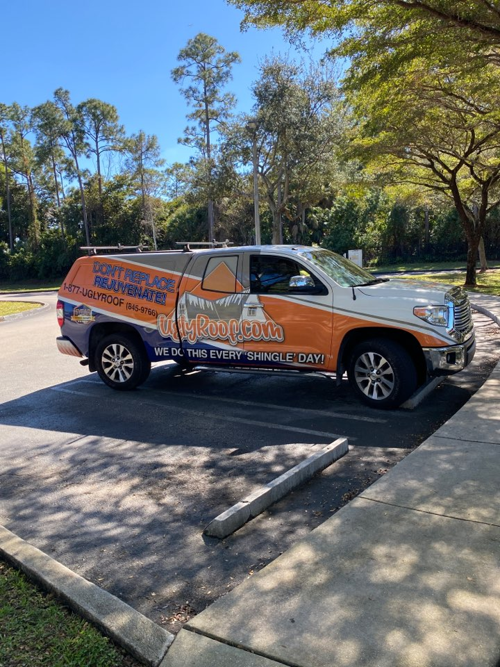 West Palm Beach, FL - Roof inspection for a full roof replacement by the best roofing contractor near you