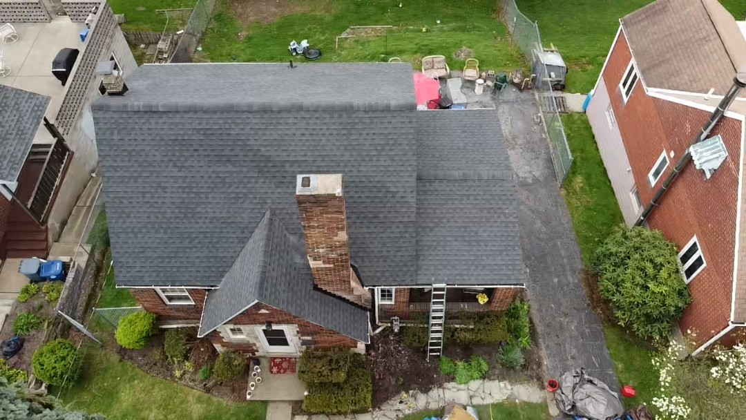 Pittsburgh, PA - GAF Timberline HDZ in Charcoal in Pittsburgh, PA. by Pittsburgh's best roofing company. Meredith Home Improvements.