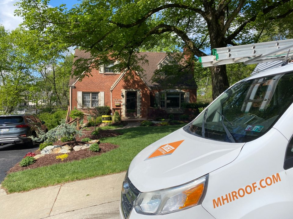 Pittsburgh, PA - Inspecting a home for roof repair in Pittsburgh, Pa as a Master Elite contractor.