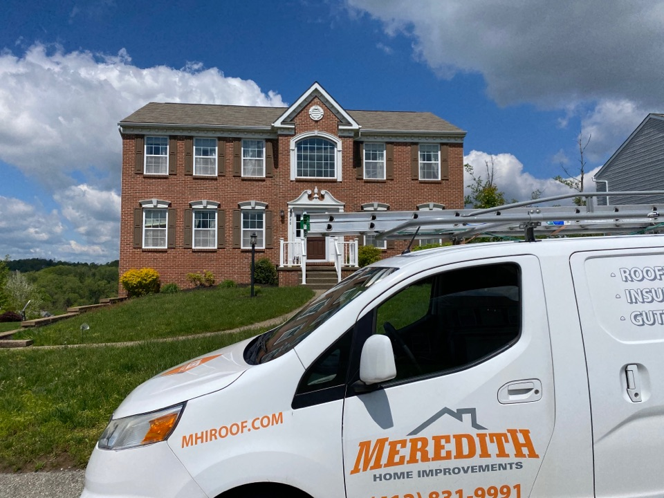Jefferson Hills, PA - Inspecting a roof for replacement as a GAF Master Elite contractor in Pleasant Hills, Pa.
