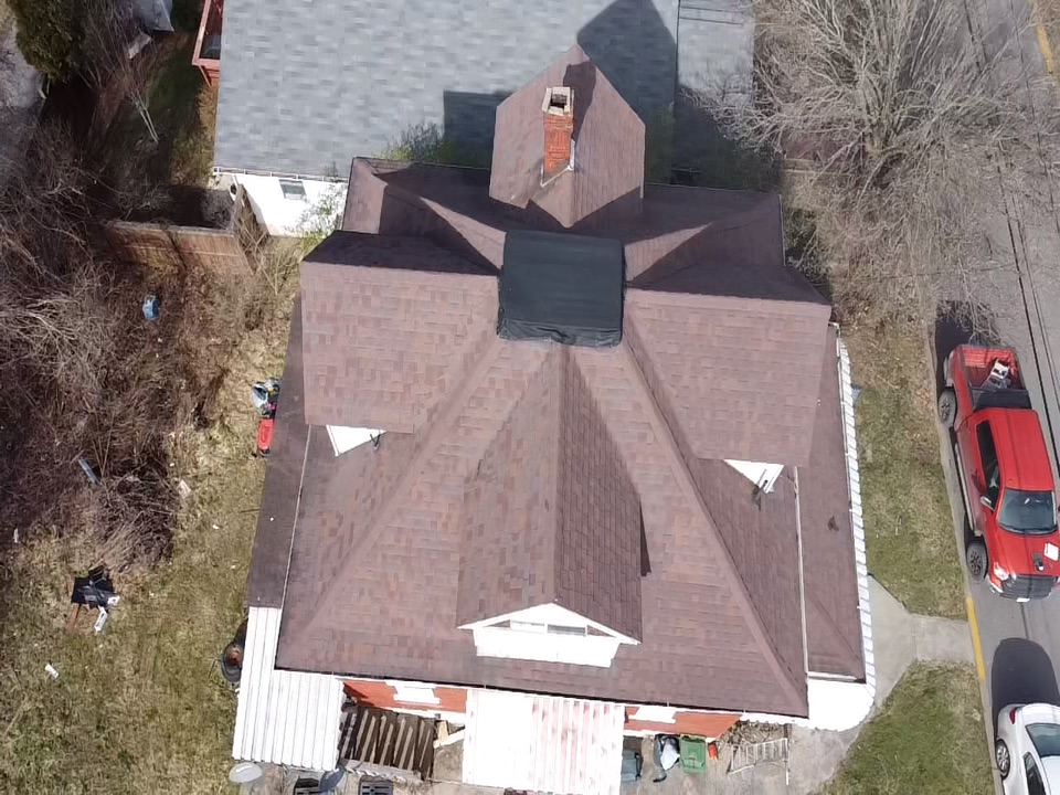 Morgantown, WV - Looking for a great customer experience? What about the best craftsmanship in the industry? MHI Roofing Morgantown