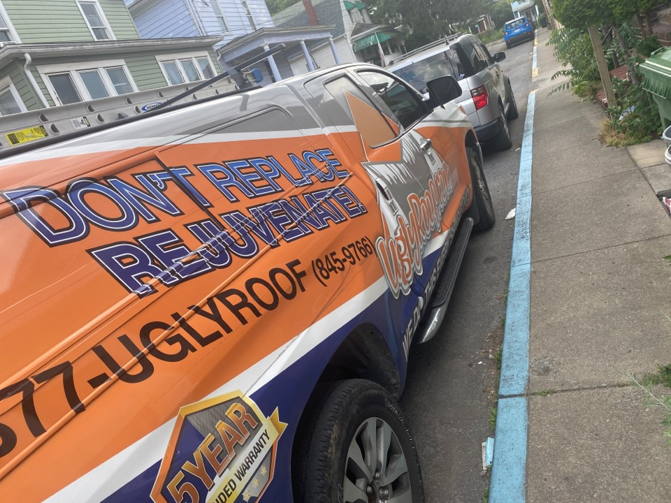 Morgantown, WV - Flat roof inspection for a flat roof replacement by the best master elite roofing contractor near you