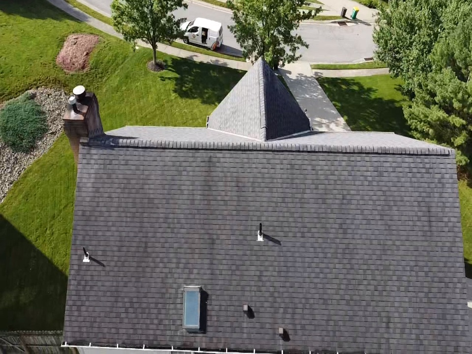 Carnegie, PA - Need a roofing contractor in Pittsburgh to do a free roof inspection, either for a roof repair or replacement
