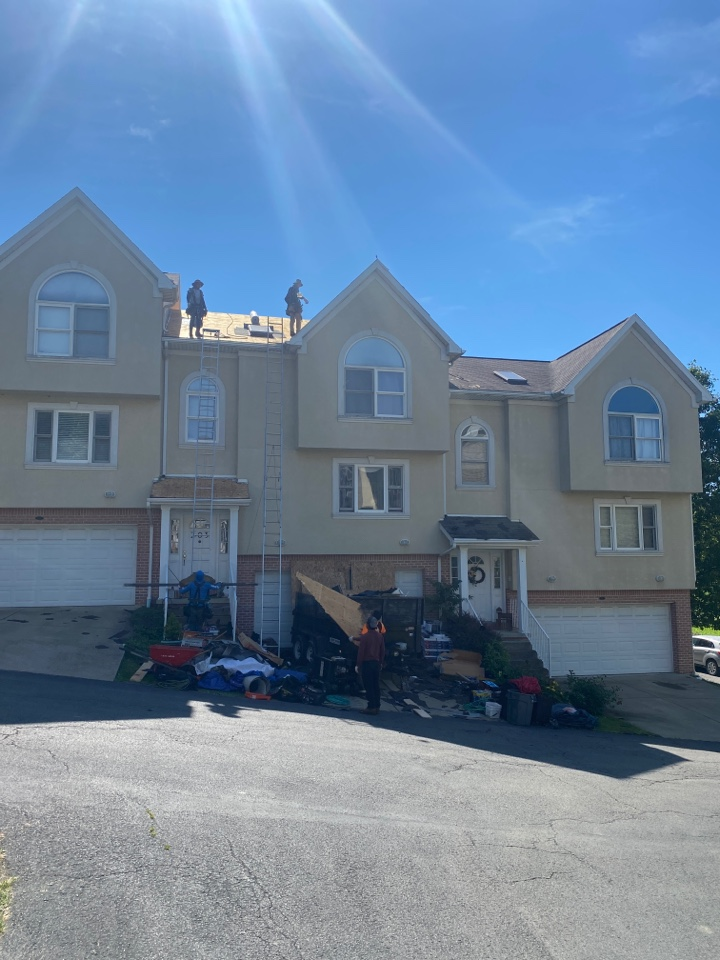 Morgantown, WV - Project build for a GAF timberline HDZ asphalt shingle roof replacement by the best master elite contractor near you