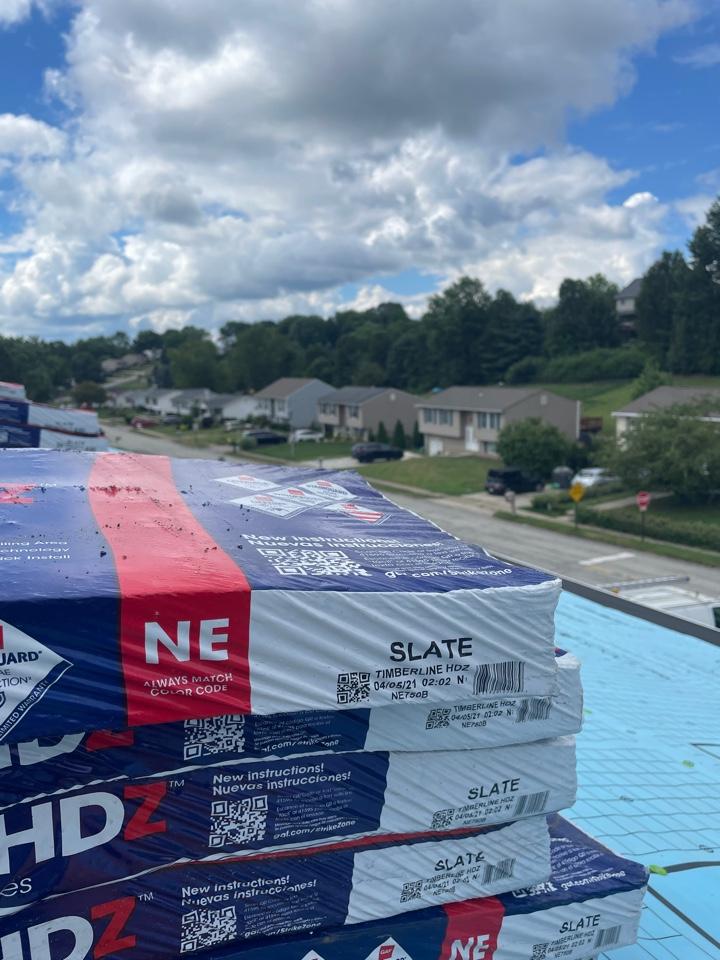 Coraopolis, PA - Installing slate GAF hdz shingles here In Pittsburgh,PA