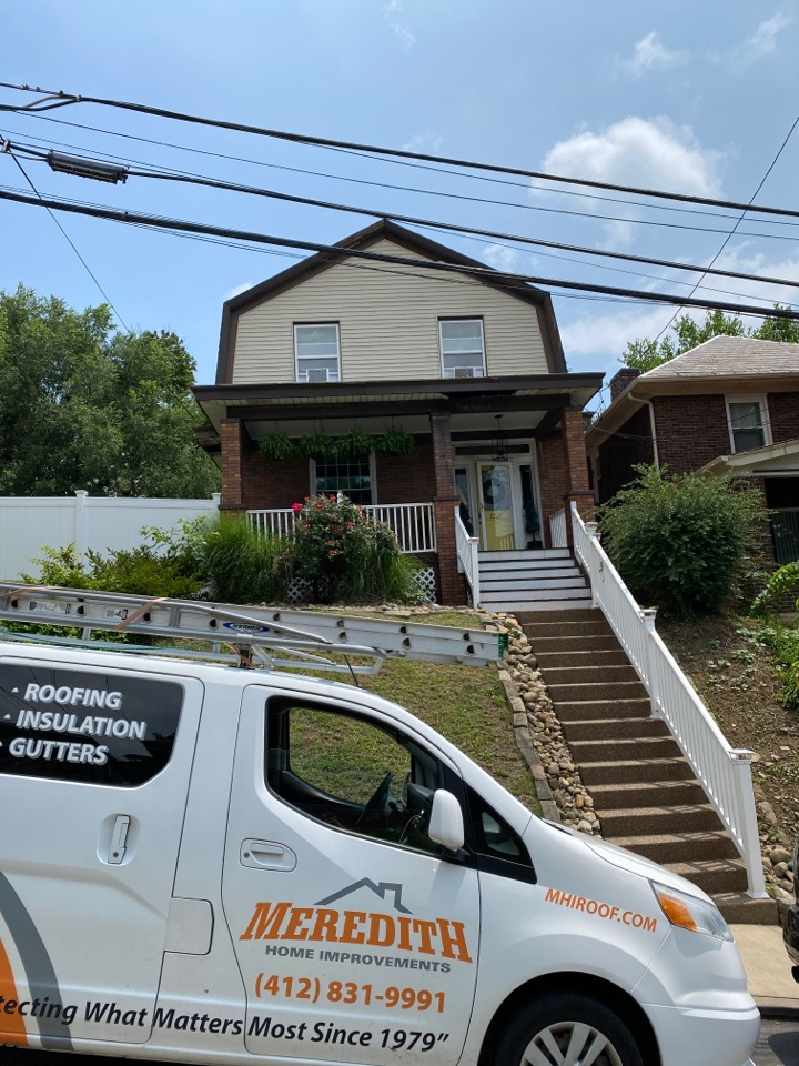 Pittsburgh, PA - Inspecting a home for new soffit and fascia in Pittsburgh, Pa.