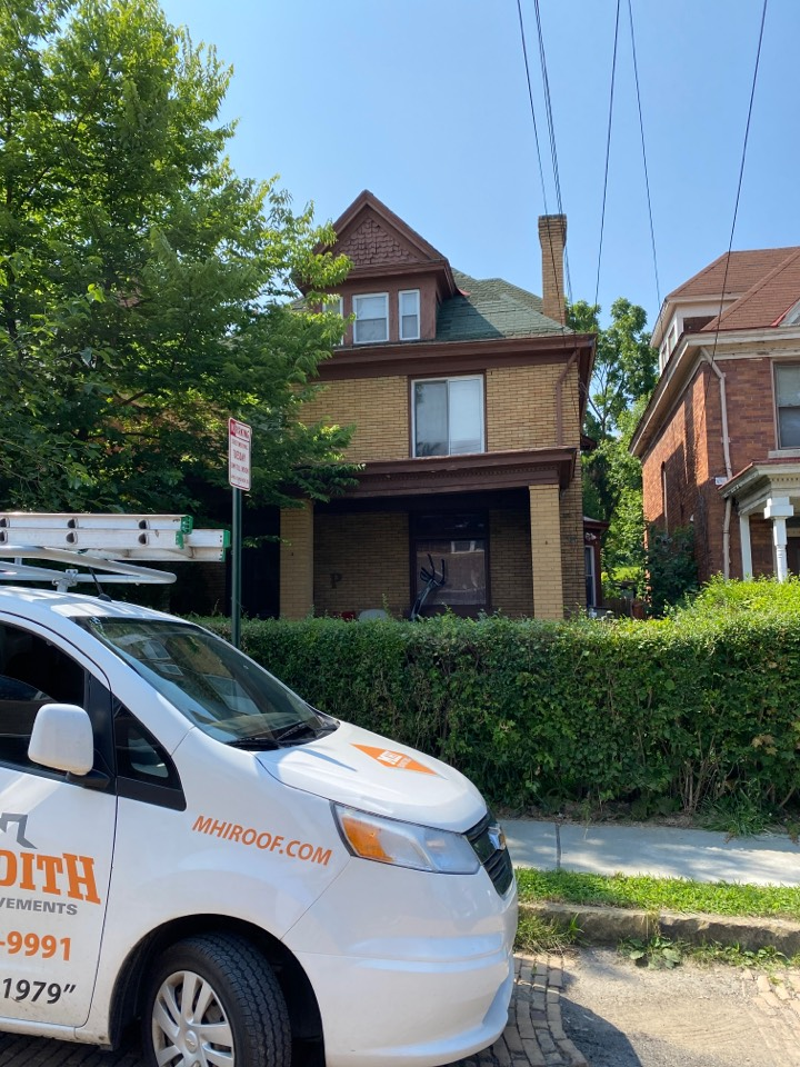 Pittsburgh, PA - Inspecting a home for roof replacement in Pittsburgh Pa.