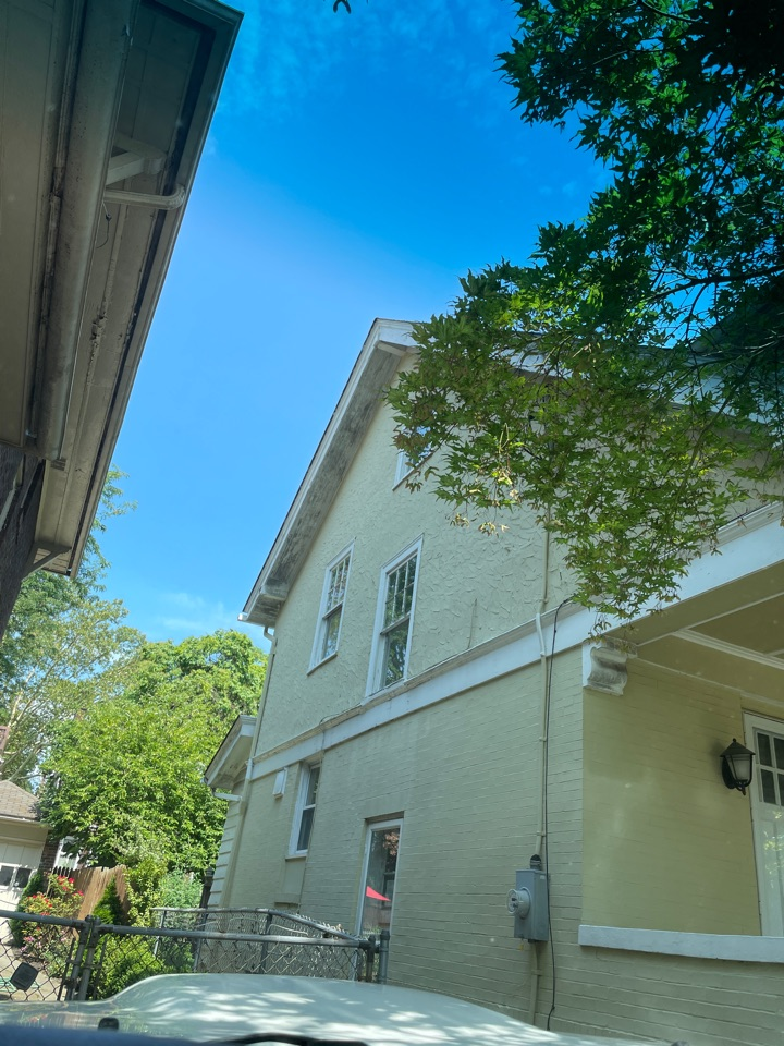 Pittsburgh, PA - Roof inspection and estimate for MHI roofing in Point Breeze!
