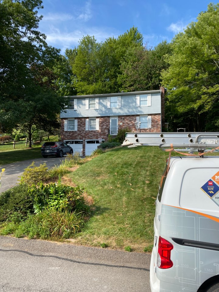 Gibsonia, PA - Inspecting a home for roof replacement as a GAF Master Elite contractor in Gibsonia Pa.
