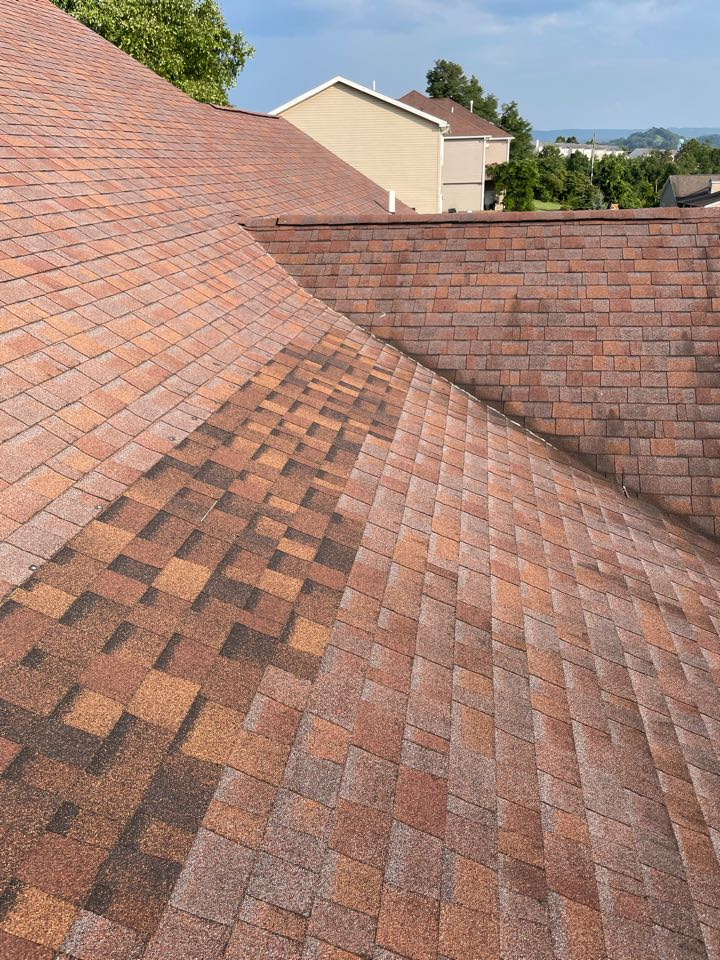 Morgantown, WV - Roof inspection in Morgantown on a 10 year old roof that already has some bad leaks! Give me a call so that your not put in the same situation!
