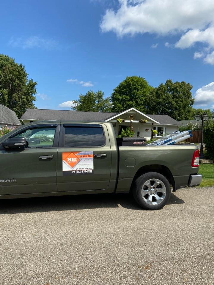 Cranberry Township, PA - GAF Master Elite Contractor in Cranberry Township doing a roof replacement estimate