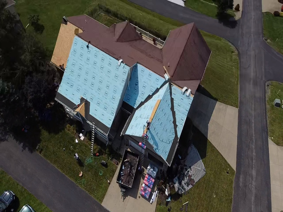 Bridgeville, PA - Roof installation day! Call MHI for a free estimate on GAF GOLDEN PLEDGE