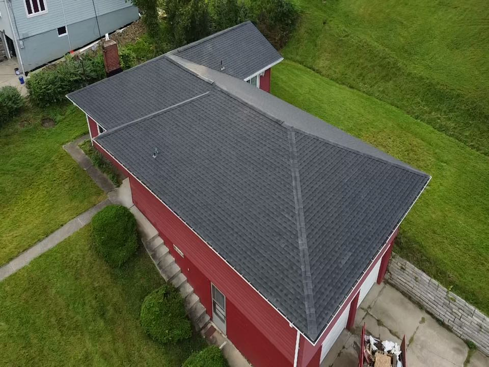 Coraopolis, PA - Another new roof installed by the best roofing contractor in Pittsburgh!