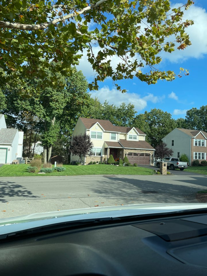Cranberry Township, PA - New roof estimate for gaf master elite installer MHI roofing. Call us today for a free estimate