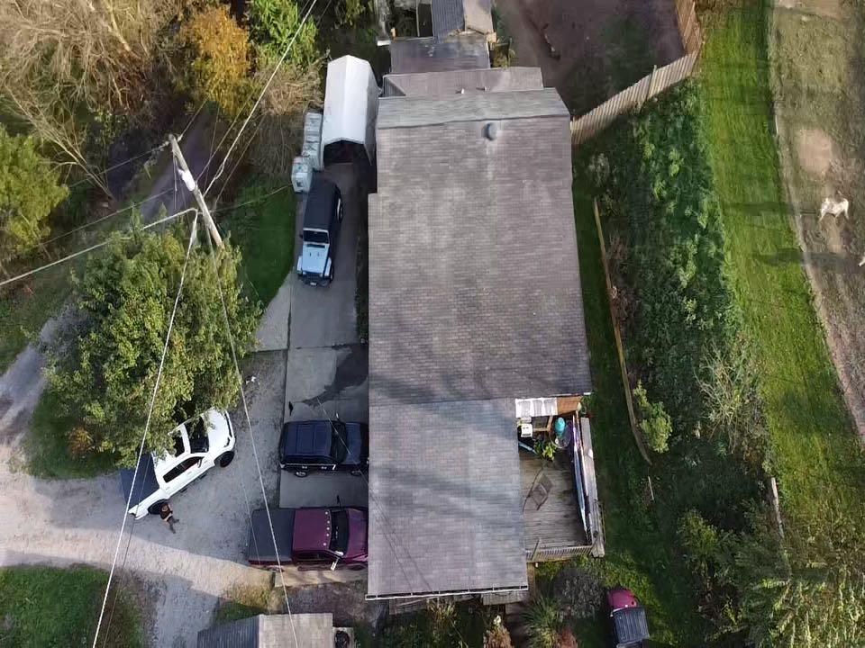 Bethel Park, PA - Roof inspection for MHI roof. Gaf master elite installer