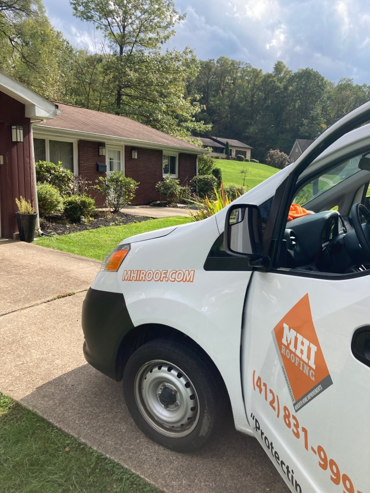 Pittsburgh, PA - Pittsburgh roofer in the area, need replacement estimate