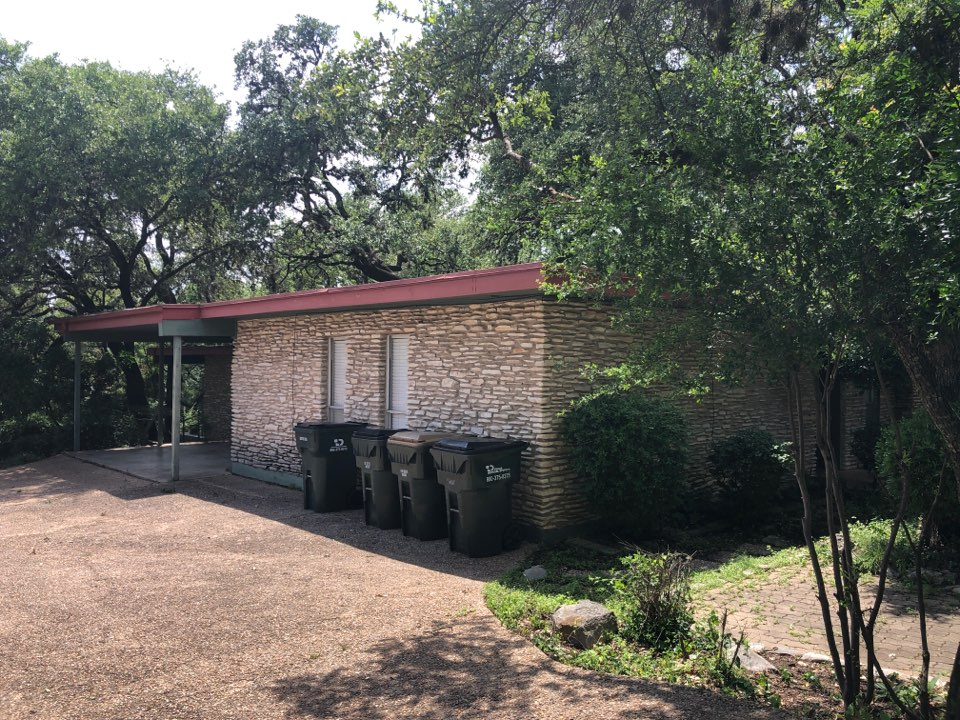 West Lake Hills, TX - Replace flat roof because of water leaks. Use TPO or modified bitumen.