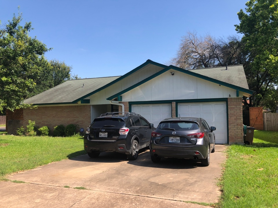 Austin, TX - Opportunity to replace roof, replace all siding with hardie siding, paint the house, install gutter and replace all windows and doors.