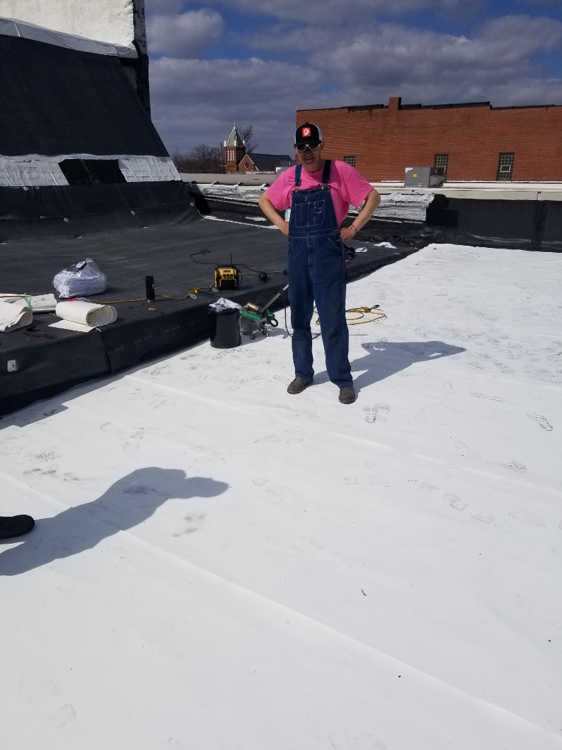 Fairmount, IN - Installing a new Duro-Last 50 mill single-ply roof on a commercial roof in Fairmount, Indiana.  No tear-off was required and we were able to lay over existing rubber roof.