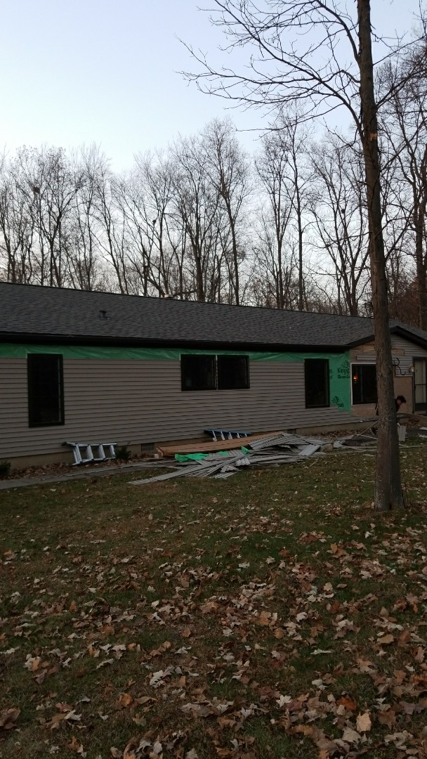 New vinyl siding and window install in Marion,Indiana.