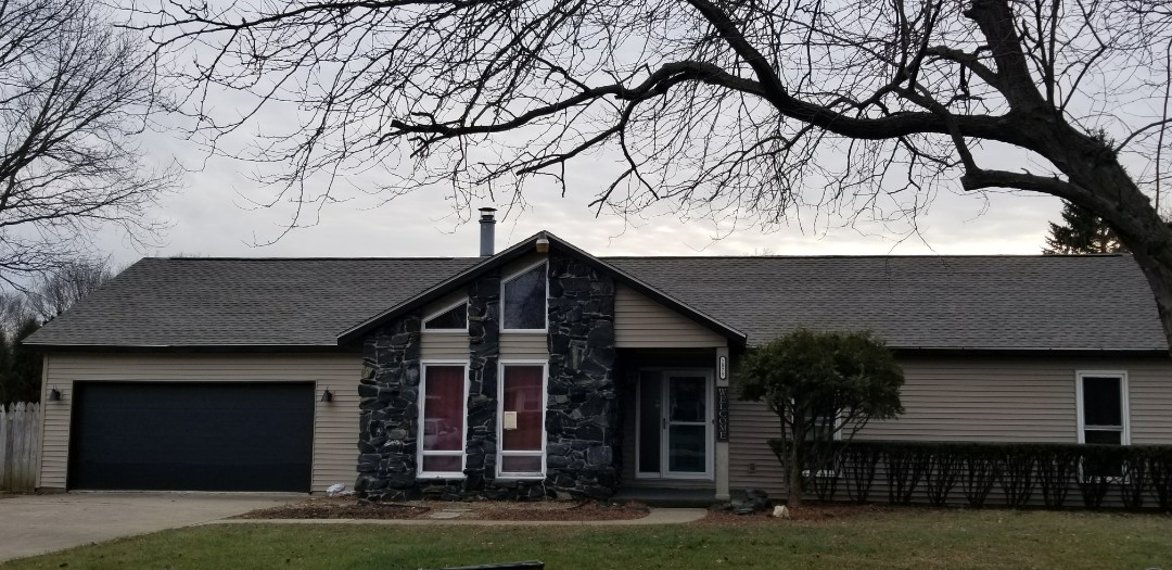 Marion, IN - All done with the siding renovation! So ecstatic to finish the Mastic Siding and new roof project. We finalized the last touches with new fascia and seamless gutters come tomorrow. On top of it all, the home owners were so awesome to work with!