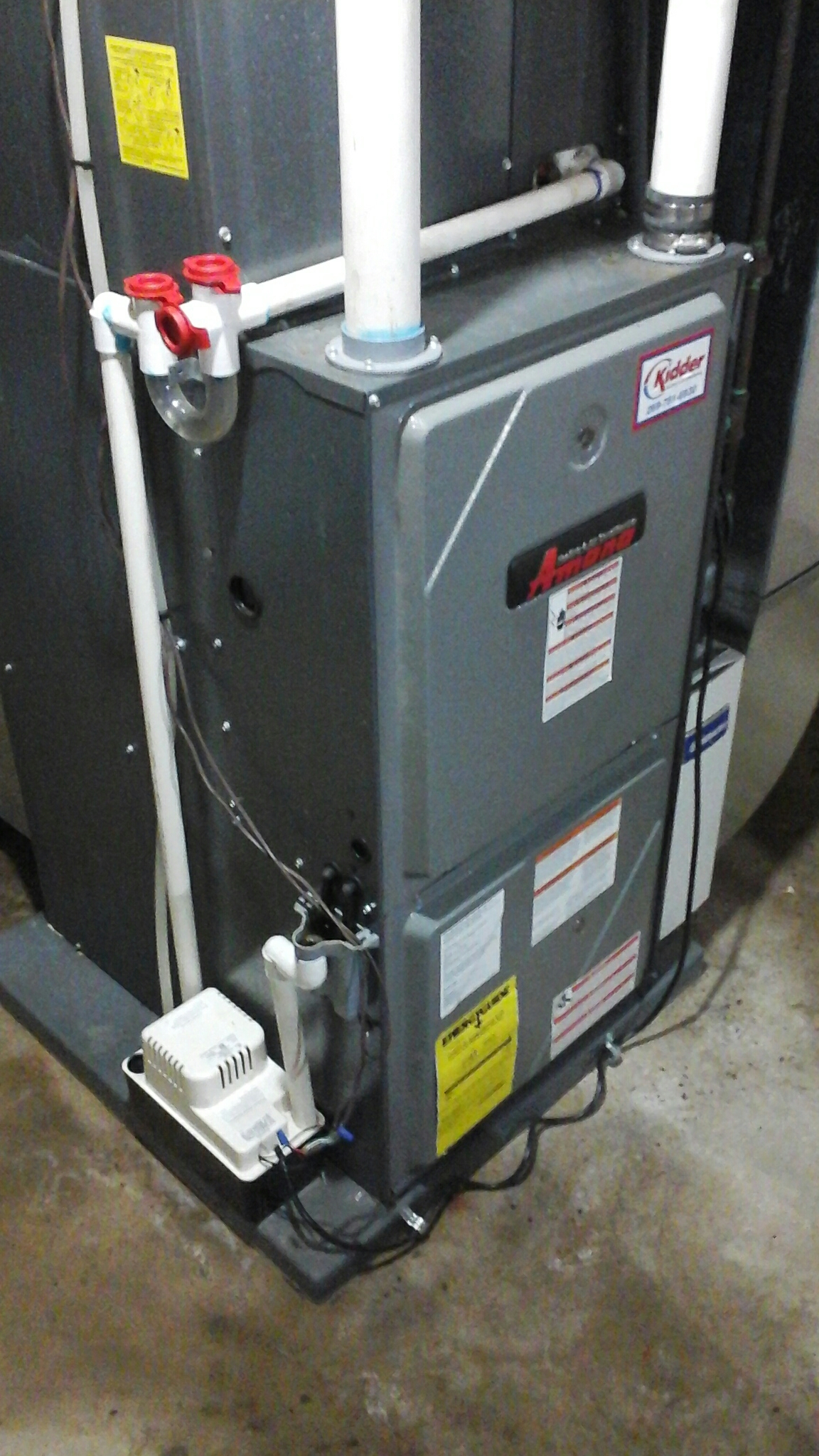 East Leroy, MI - Performed a precision tune-up on a Amana AMH furnace with LP gas.
