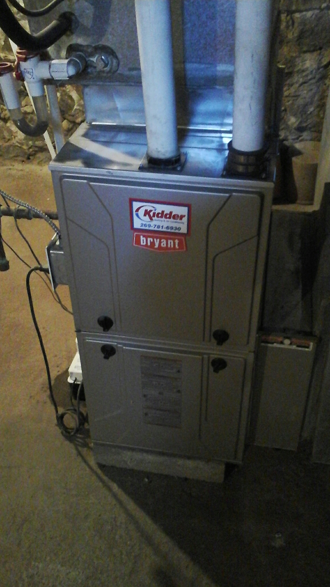 East Leroy, MI - Performed a precision tune-up on a Bryant furnace with 16 x25 ezflex  filter.