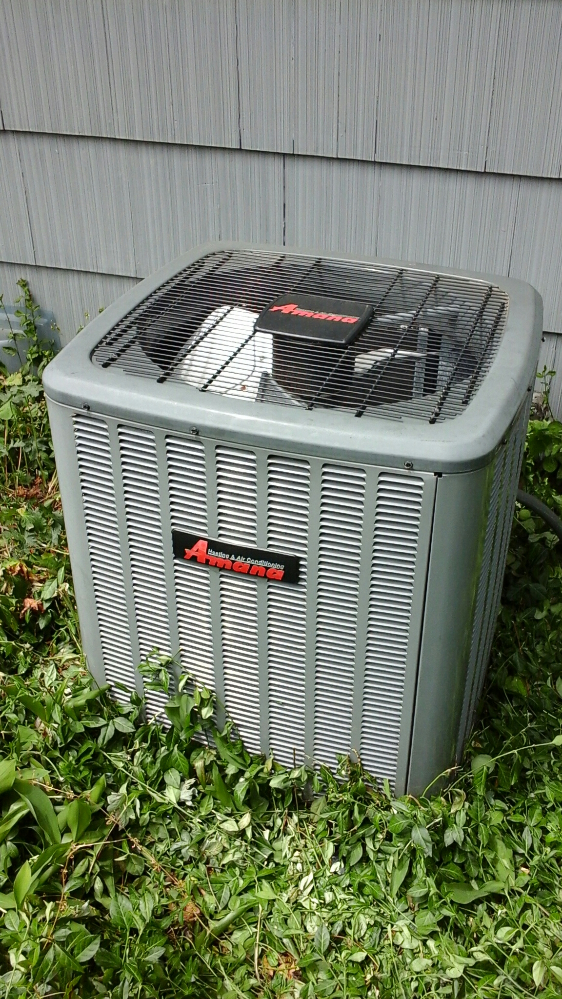 East Leroy, MI - Performed a precision tune-up on a Amana ASX air-conditioning unit with R410A refrigerant and replaced the 30 amp contactor.