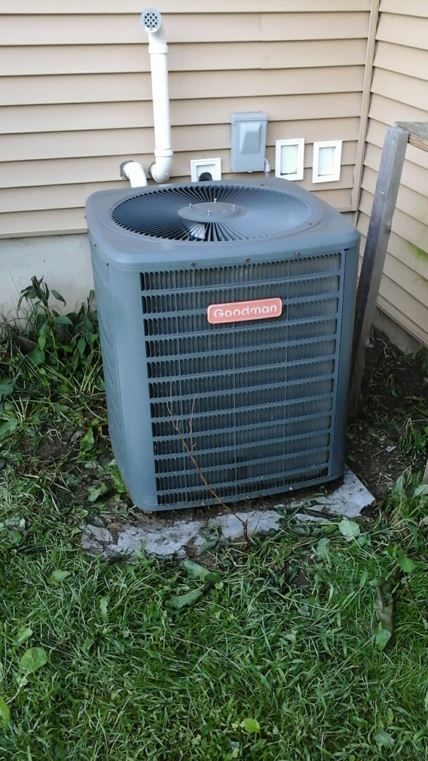 Burlington, MI - Performed a precision tune-up on a Goodman air conditioning unit with R - 22 refrigerant charge.