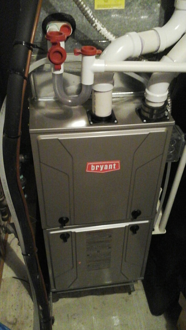 Ceresco, MI - Performed a precision tune-up on a Bryant 926TA furnace with 60,000 btu output.