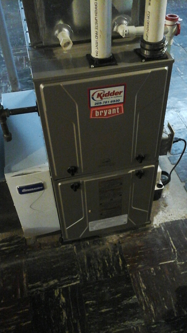 Olivet, MI - Performed a precision tune-up on a Bryant 925SA high-efficiency furnace with a 16 x25 x5 media air filter.