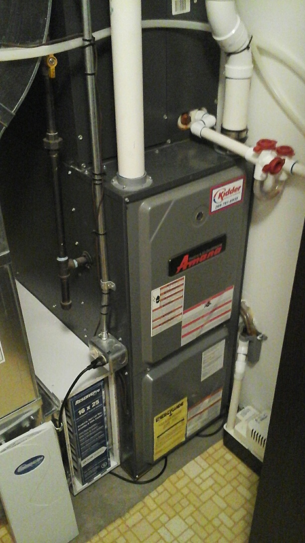 East Leroy, MI - Performed a precision tune-up on a Amana AMH furnace with a 16 � 25 � 4 media air filter.