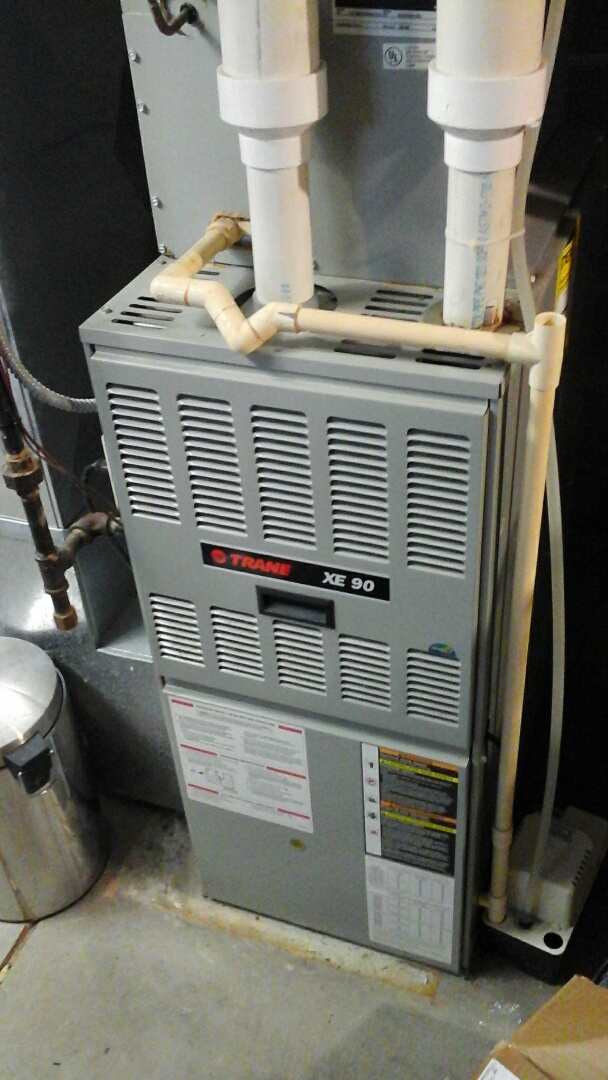 East Leroy, MI - Installed an Inducer draft motor on a old XE 90 Trane furnace.